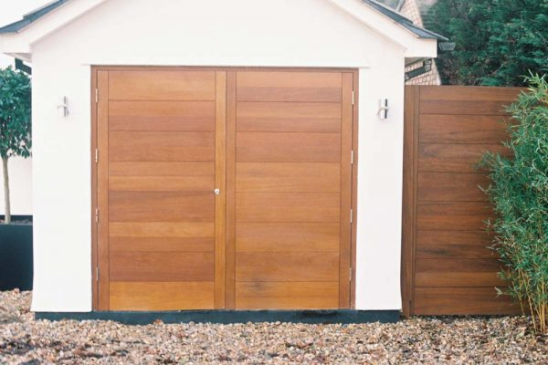 RES_WOOD_GARAGE_1